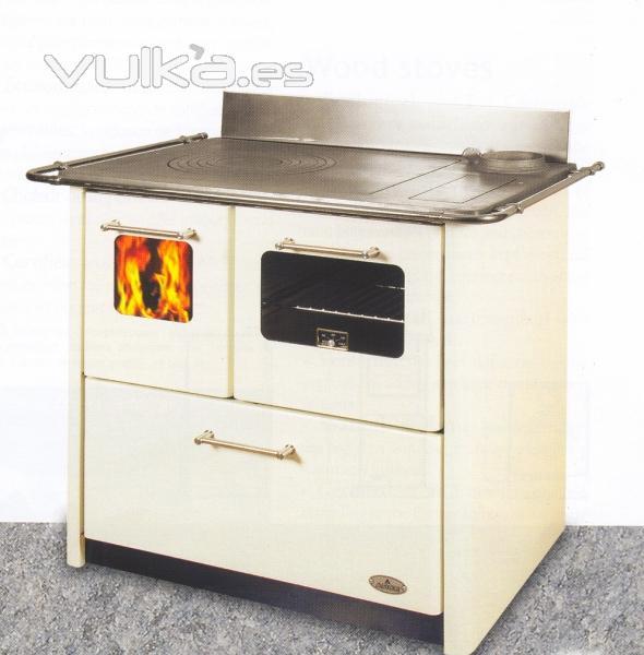 Foto cocinas a le a y calefacci n central for Imagenes de cocinas de lena