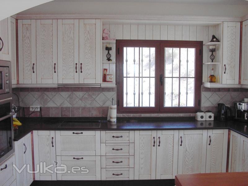 Foto cocina rustica 2 - Tiradores de muebles de cocina ...