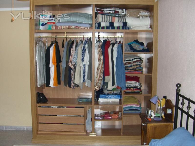 interior armario rf