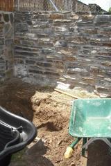Realizaci�n de estanque/fuente ornamental. inicio de los trabajos.