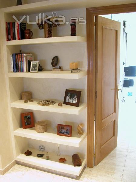 Foto estanter a pintada para pasillo - Muebles de pasillo ...