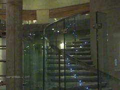 Muro de cristal y barandilla acero inoxidable