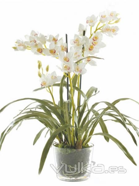 Foto flores artificiales en montajes - Jarrones flores artificiales ...