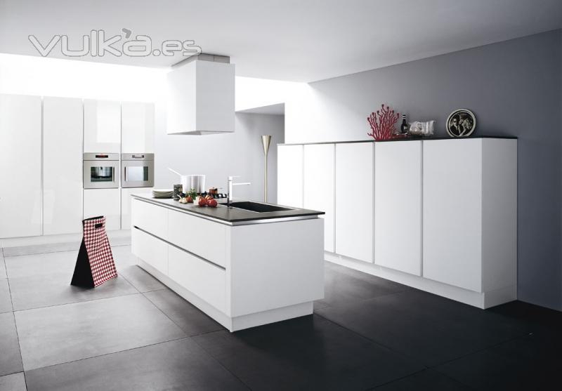 Foto cocina lacado blanco - Cocinas en castellon ...