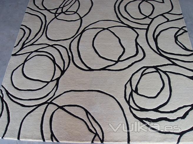 Foto alfombra de lana tejida a mano a medida - Alfombras de lana a medida ...