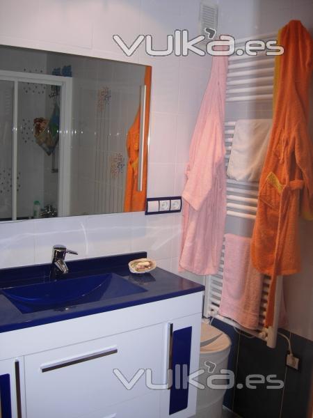 Mueble Baño Infantil:Foto: Baño infantil mueble y toallero – Valencia