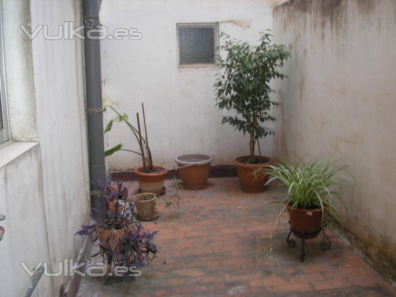 Foto reforma de terraza torrefiel antes - Reformas de terrazas ...
