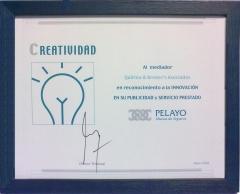 Quirino & brokers  premio mutua pelayo como reconocimiento a la innovacion en su  publicidad y servicios prestados