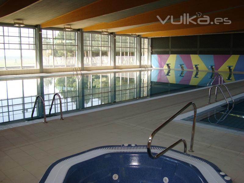 Crismar proyectos y obras s a for Piscina villalba