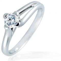 Anillo solitario de compromiso con diamante talla brillante