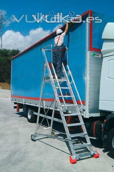 Foto escaleras homologadas para almacen - Escaleras para almacen ...