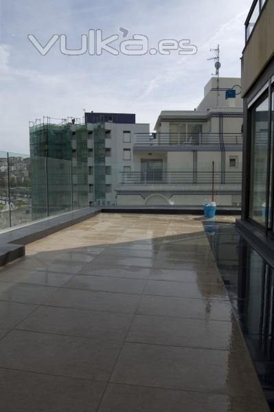 Arquitectura rehabilitacion y gestion de obras de for Oficinas santander almeria