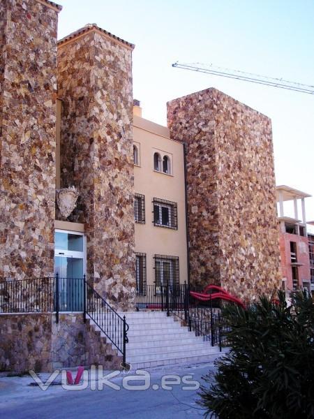 Foto fachadas en piedra natural - Fachadas piedra natural ...