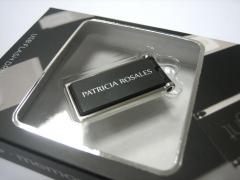 Modelo exclusivo en espa�a de memoria usb. nuevo mini silver. un toque de distinci� para su empresa.