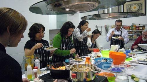 A punto librer a y escuela de cocina - Cursos cocina asturias ...