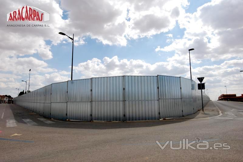 Nuestro vallado de alta seguridad consiste en módulos de cerramiento de 2,80 metros de alto por 2,20 metros de ...