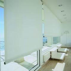 Enrolables en polyscreen ideal para lograr intimidad, no perder vistas, gestionar la luz adecuadamente y aislante ...