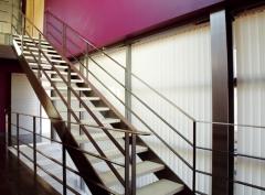Recomendamos las cortinas verticales especialmente para grandes superficies acristaladas, ya sean ventanas o ...