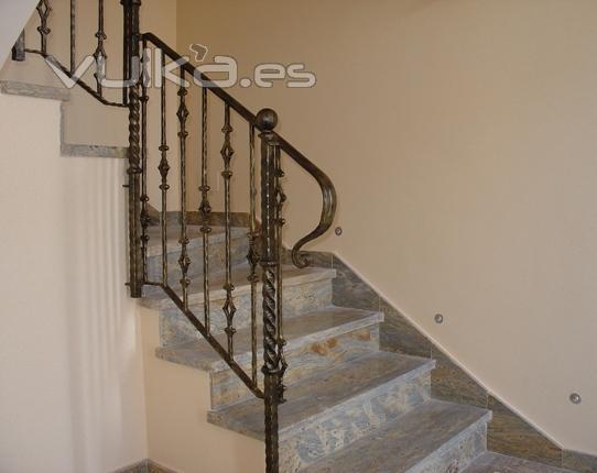 Foto escaleras y barandillas - Barandillas de escaleras ...