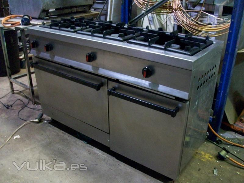 Foto cocina 3 fuegos con horno acero inoxidable for Cocina 3 fuegos sobremesa