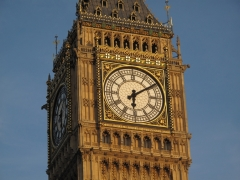 Londres a la hora sale el sol