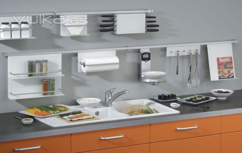 Foto accesorios cocina cucine oggi mdlo quadratreling for Empresas de cocinas