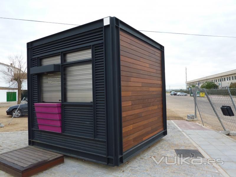 Foto kiosco de prensa for Como construir un kiosco en madera
