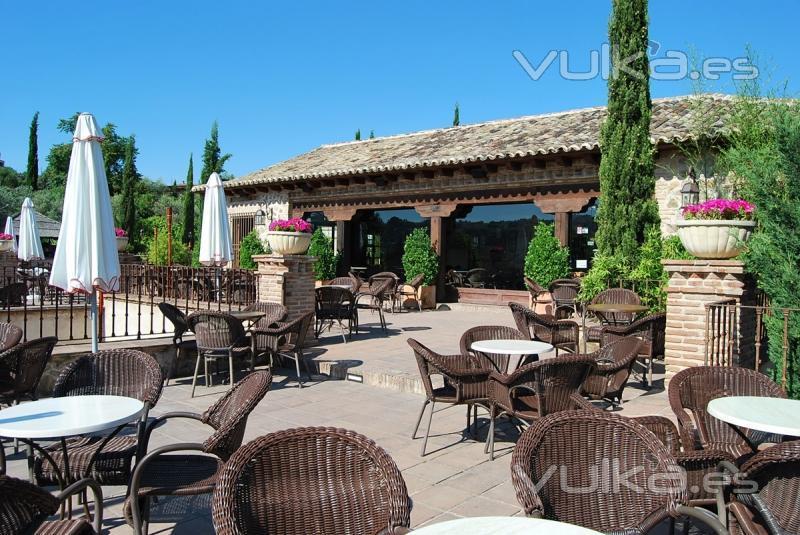Foto bar terraza caravantes for Terraza bar