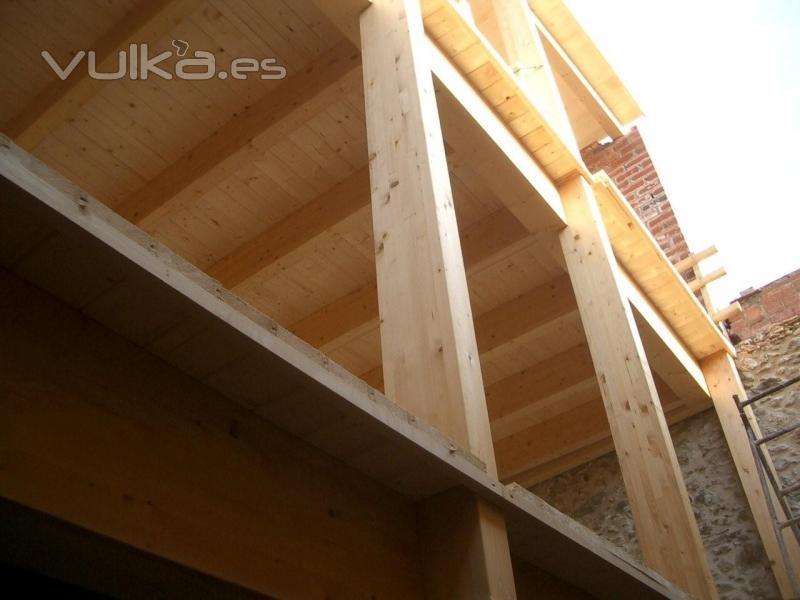 Tecnifusta enginyeria - Forjados de madera laminada ...