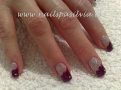 U�as de porcelana y gel