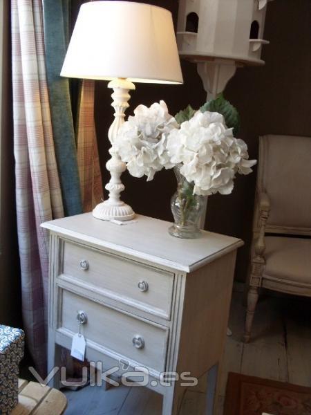 Foto tienda online de muebles y complementos de decoracion for Muebles y decoracion online
