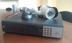 Videograbador +  c�mara ip66 exterior y c�mara domo interior