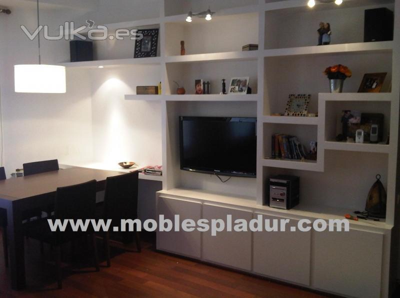 Foto pladur mueble con instalaci n oculta de tv hi fi - Muebles de pladur para salon ...