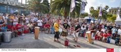 Taller de percusiones del mundo en el Puerto Ol�mpico de Barcelona
