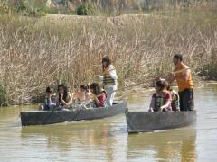 Barcas tradicionales de pértiga