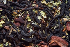 T� negro con hojas de mejorana