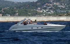 Alquiler de todo tipo de embarcaciones con y sin patrón