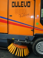Cepillos turboline en barredora dulevo 5000 limpieza viaria