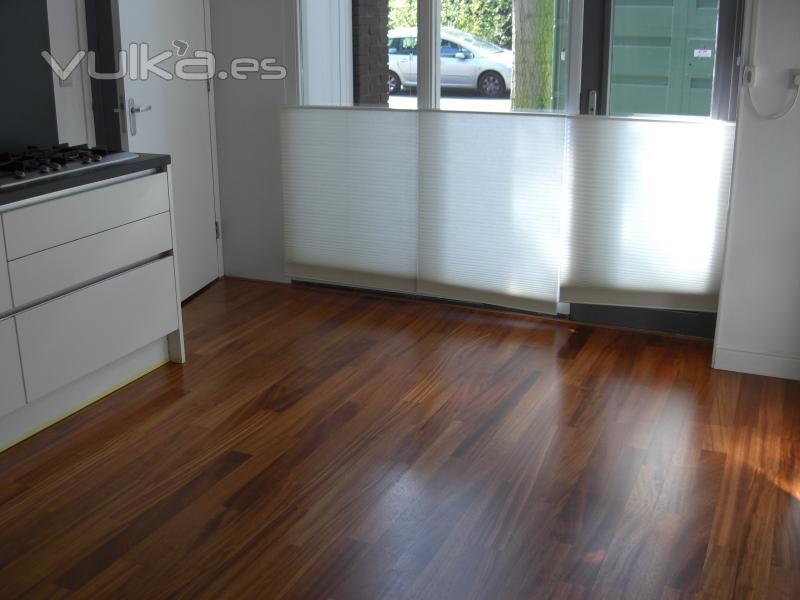 Foto pavimento pvc en pasillo - Suelos tecnicos precios ...