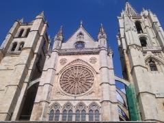 Estamos a cinco minutos de la catedral de León