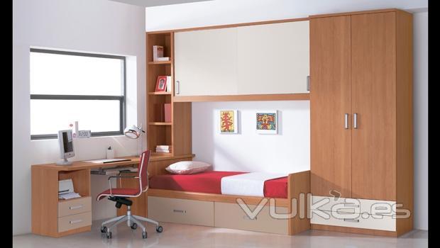 Foto dormitorio juvenil con puente con puertas correderas for Mueble puente juvenil