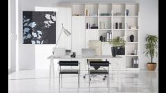 Despacho en color blanco con puertas batientes. catalogo whynot new