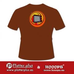 Camisetas hooops pop tv en plotterplus, una mezcla de objetos cotidianos y colores intensos en la coctelera, un ...