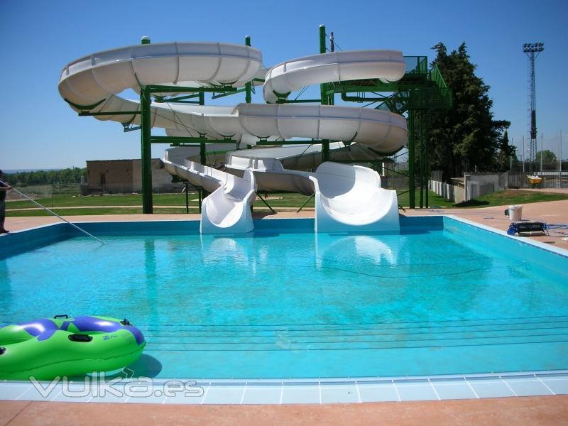 Foto piscinas en monzon huesca for Piscinas de monzon