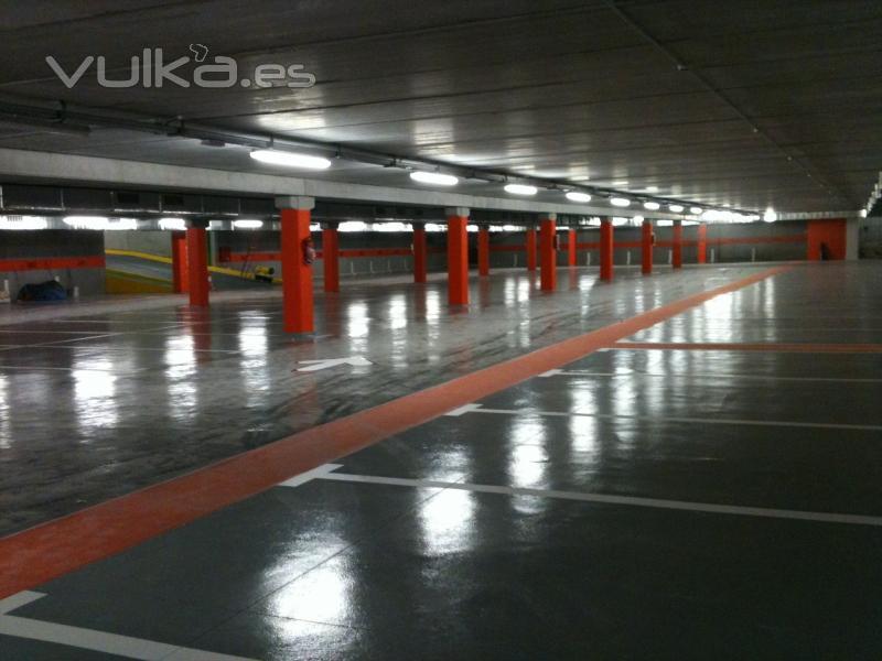 Pavimentos industriales pintura industrial y decorativa - Pintura para parking ...