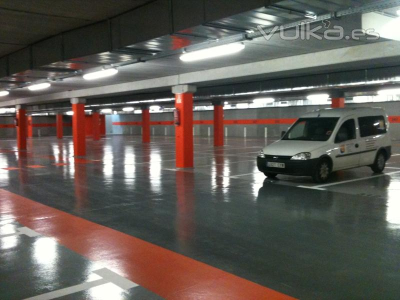 Aapic s l - Pintura suelo parking ...