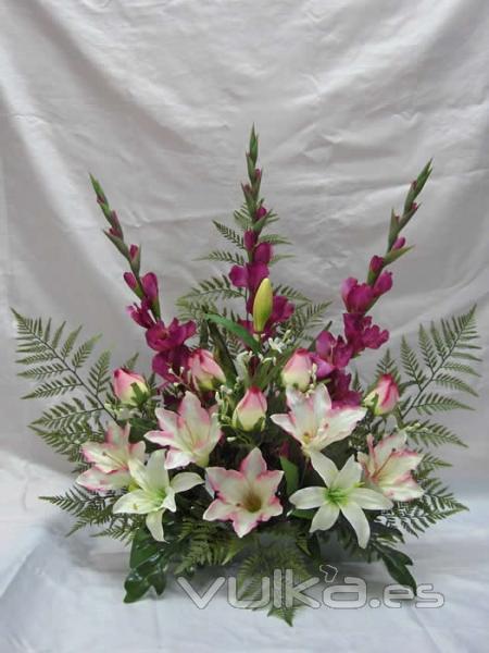 Foto jardinera flores artificiales cementerio oasisdecorcom