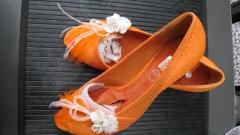 Zapatos adornados especialmente para novia