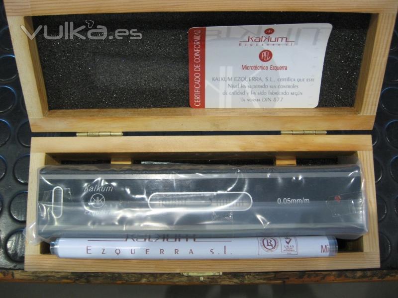 Foto nivel de precisi n kalkum 0 05 mm m de microt cnica for Nivel de precision