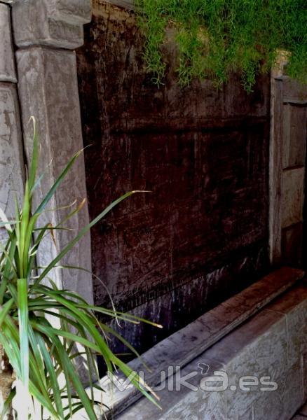 Foto cascadas y fuentes murales para decoraci n interior for Fuentes de pared interior